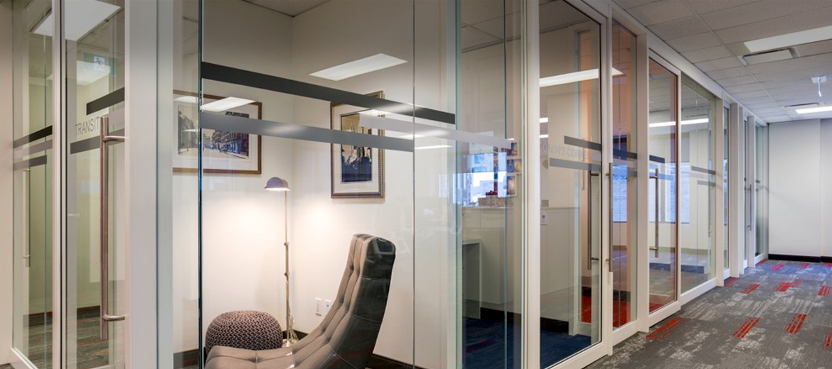 Swing-doors-office