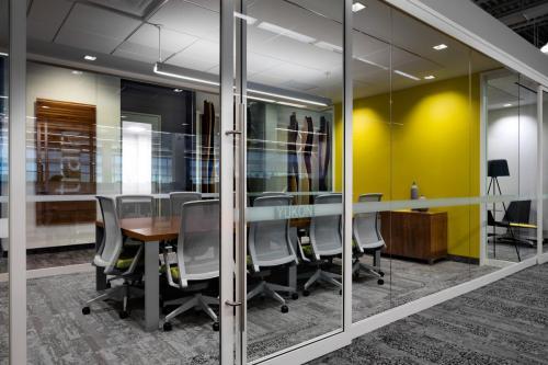 SRT_John_Deere_03 Meetinging Room